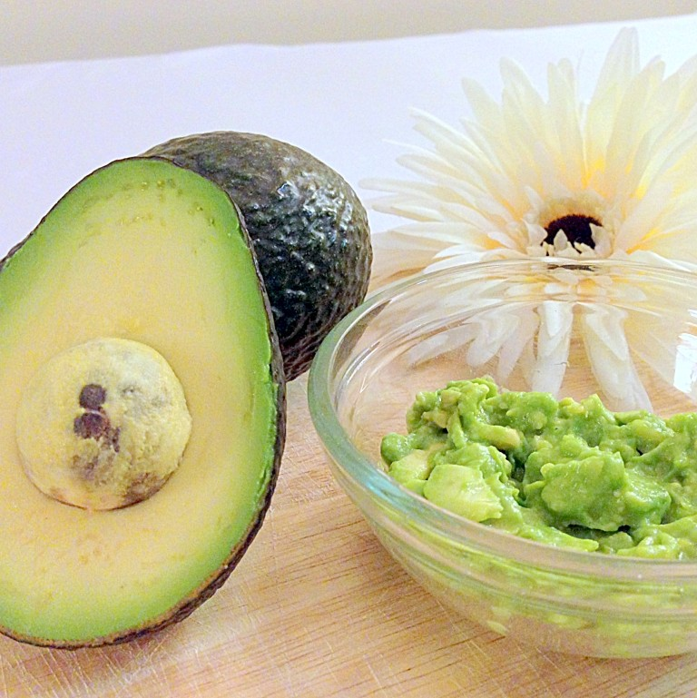 Homeade avacado facial